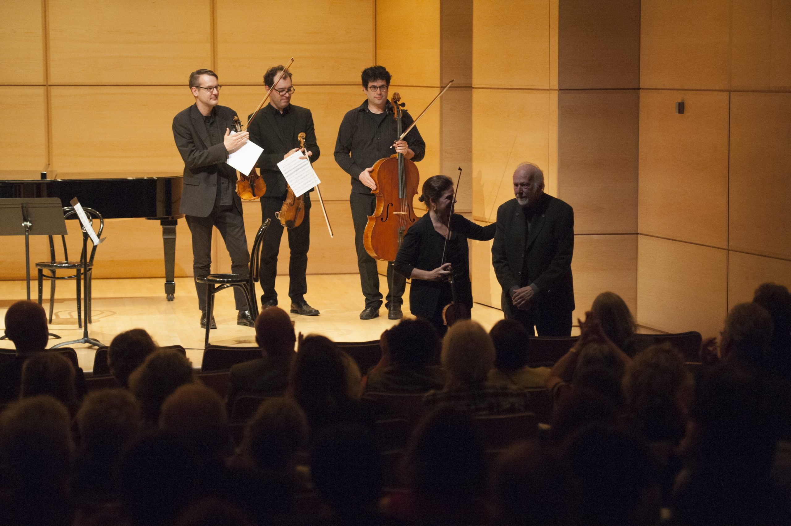 Le Quatuor Molinari présente le compositeur R. Murray Schafer après l'interprétation de son quatuor « Alzheimer's Masterpiece ». (crédit photo: Magalie Dagenais/2016)